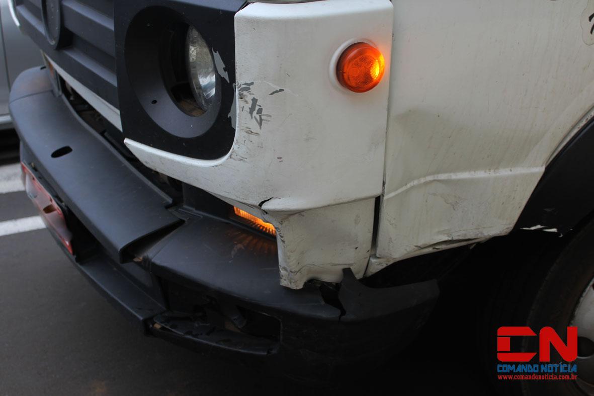 acidente itororó carro caminhão2