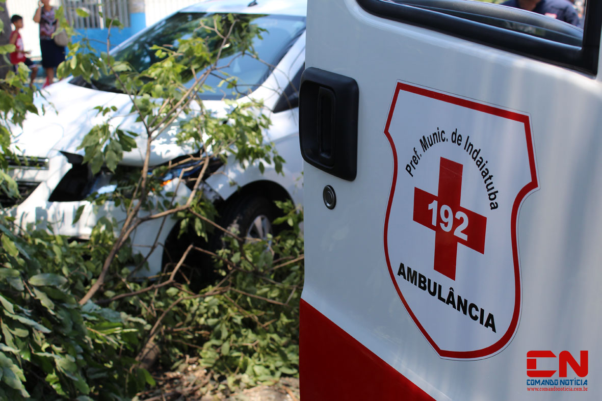 carro acidente centro2